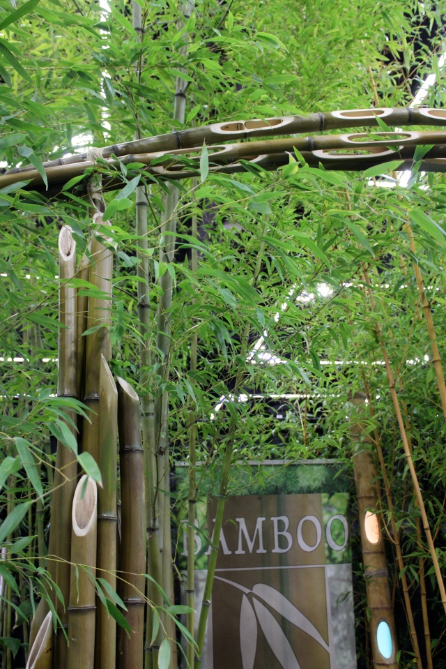 The portal into the Bamboo Garden's display booth had these really elegant cut-outs which I thought manifested a very creative use of bamboo to its fullest potential. I'm storing that one away in the memory bank, for sure.